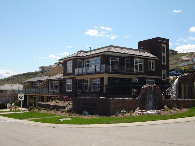 Our home next to the pool - Club Siesta, Osoyoos, Vineyards, Golf, Hiking, Fun - Osoyoos - rentals