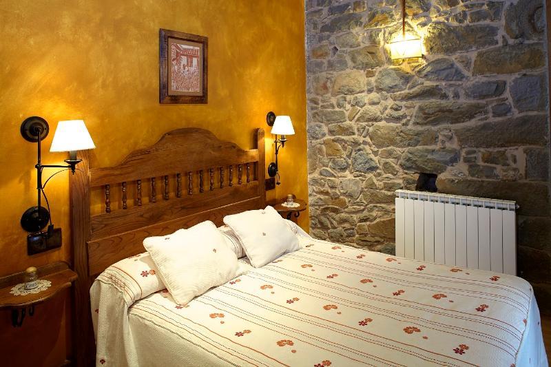Apartamento Mesoria - Apartamentos Rurales La Escanda - Proaza - rentals