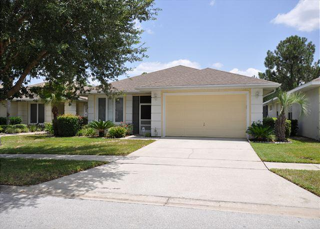 Property Frontage - Amazing 3 Bed 2.5 Bath Luxury Pool Home In Sunset Lakes Community (AV2940SL) - Kissimmee - rentals