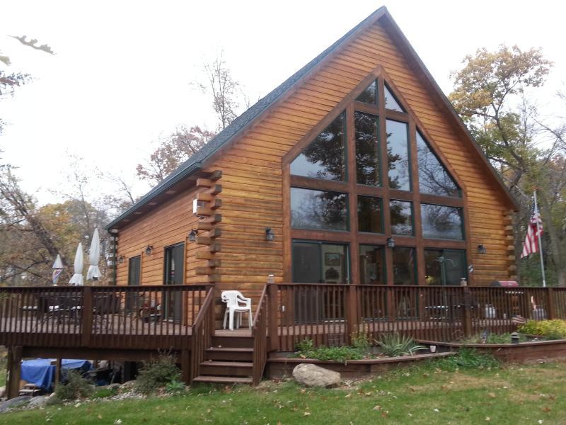 Cabin in the woods - Stoney Brook on Lake Washington - Darwin - rentals