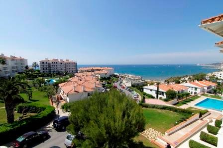 Balmins 457 with seaview, balcony and pool - Image 1 - Sitges - rentals