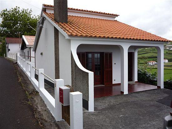 House front with terrace - Vista Mar - great location, close to sandy beach - Horta - rentals