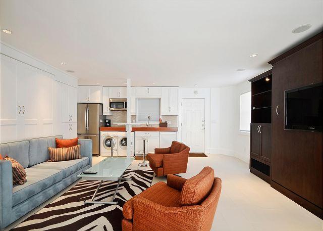 The Condo - Studio Condo Steps To 6th Street  Sleeps 4! - Austin - rentals