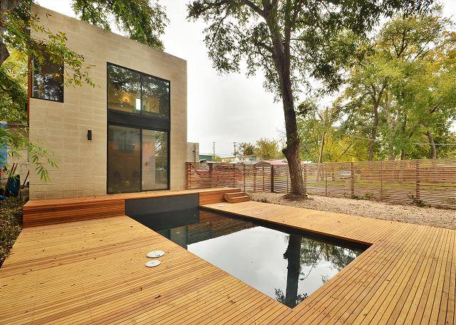 Pool Side View - 1BR/1BA East Central Design Home w Pool, Deck, near E. 6th & Rainey St. - Austin - rentals