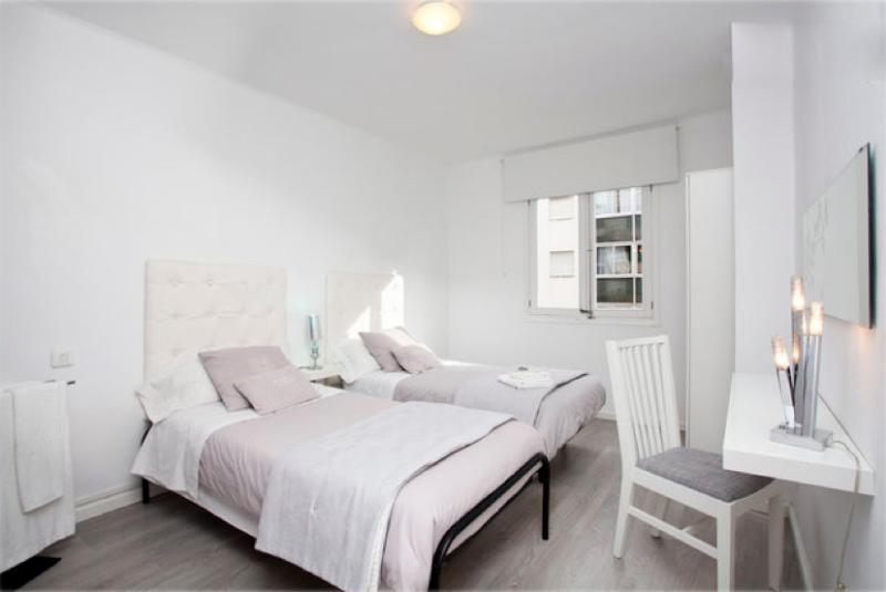 Mayka's Flat B&b 2 Bathrooms & Wifi - Image 1 - Palma de Mallorca - rentals