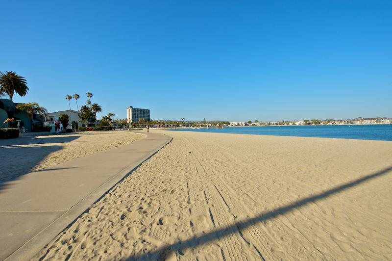 Large, Newly Renovated 5 Bedroom/4 Bath - Image 1 - Pacific Beach - rentals
