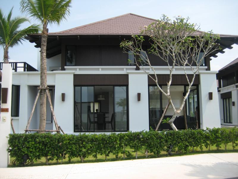 5 Bedroom Villa with Beach & Pool - Image 1 - Rayong - rentals