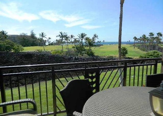 Dining on the Lanai with Ocean Views - Hali'i Kai 8F - Ocean Views and Close to Ocean Front Pool - Kohala Coast - rentals
