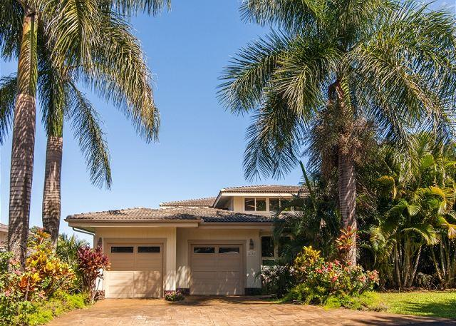 10% Off July & Aug Dates!! 4 bedroom Home, Sleeps 12 in Princeville with AC!! - Image 1 - Princeville - rentals