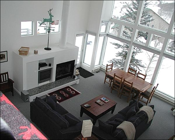 Sunny Living Room Includes a Wood-Burning Fireplace - Bright & Spacious Home - Recently Remodeled (1387) - Crested Butte - rentals
