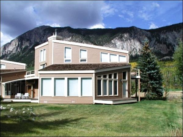 Spacious Property with All the Comforts of Home - Open & Airy Duplex - On the 2nd Tee of the Club at Crested Butte (1400) - Crested Butte - rentals