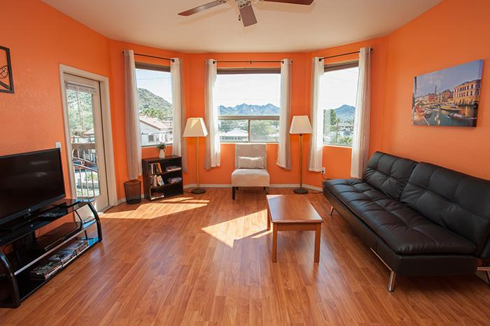 Euro lounger can accommodate two extra guests. Flat screen TV with DVD player and DVD collection - Open & Elegant, Safe, Pool, Wi-Fi, Elevator, Gym! - Phoenix - rentals
