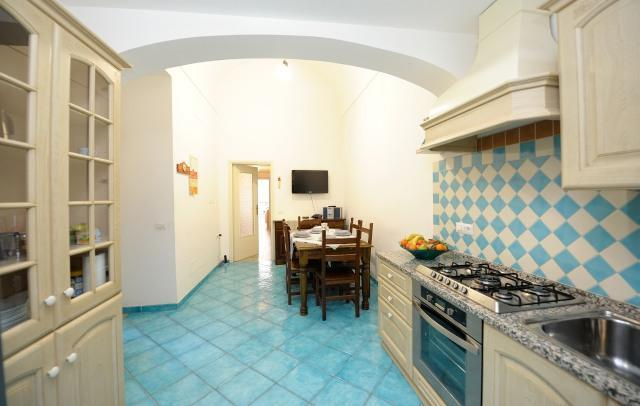 dining with very equipped kitchen corner - Acqua Marina centrally located in the heart of Ama - Amalfi - rentals