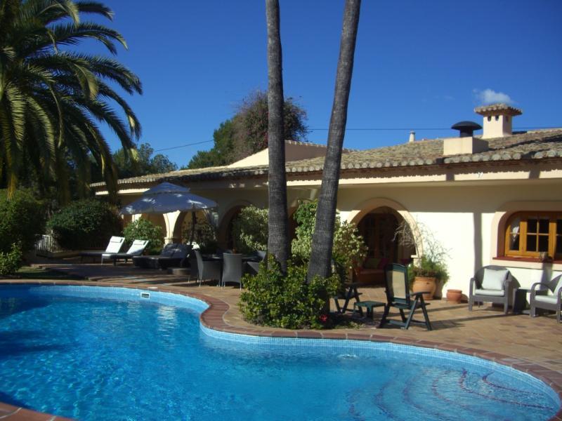 Twin Palms - Villa Los Pinos, Calpe, Costa Blanca, Spain - Calpe - rentals
