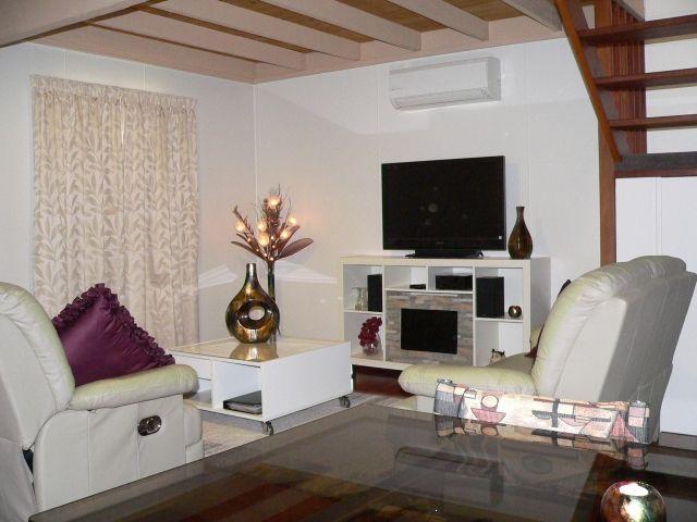 Tea Tree living room - Mumbles Stays - Balingup - rentals