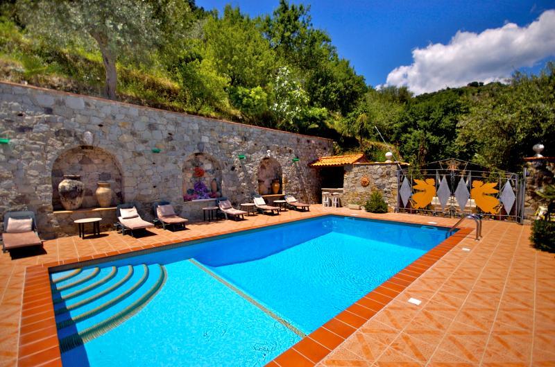 Tiled Swimming Pool - Villa Due Angeli.......Taormina Sicily DELUXE - Taormina - rentals