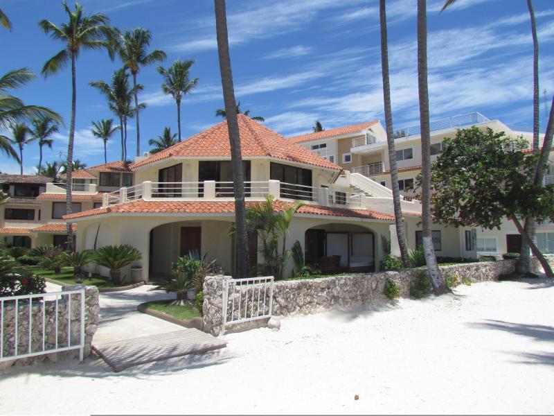 Villa Moonstar Ocean View 2bdr (#1) - Villa Moonstar Ocean View 2bdr #1 WiFi PickUp Maid - Bavaro - rentals