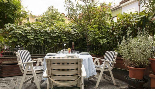 Lincoln Townhouse with a garden in Milan center - Image 1 - Milano Marittima - rentals