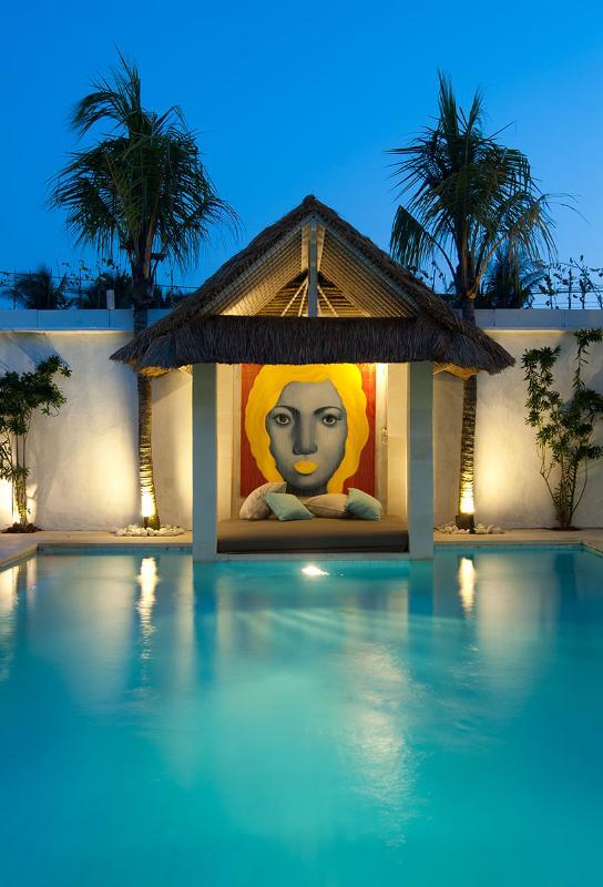 Pool and Bale at night to soak up the flavour of Bali - Villa Kukka  - big luxurious 4/5 bed in Seminyak - Seminyak - rentals