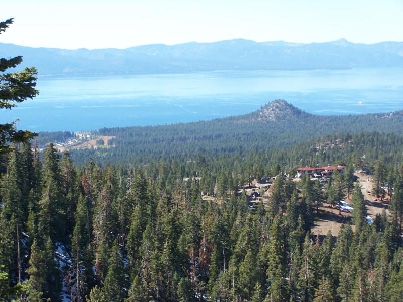 "Panoramic Lake/Ski View ""B"" - Image 1 - Stateline - rentals"