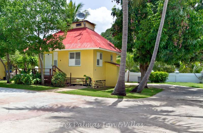 The Coconut House - Lovely Cottage by the Ocean - Rincon - rentals