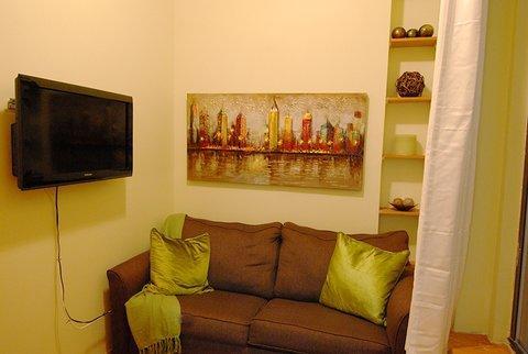 Quaint and Attractive 1 Bedroom Unit 2RN ~ RA42974 - Image 1 - New York City - rentals
