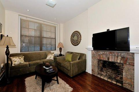Stunning 4 Bedroom Private Townhouse ~ RA42943 - Image 1 - Manhattan - rentals