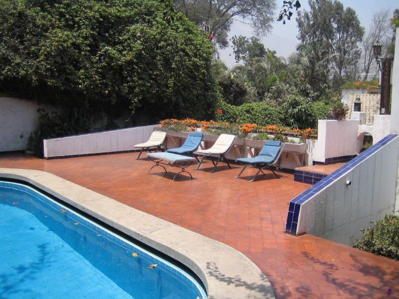 Piscina y solarium - alquiler Lima Perú casa de campo  solo grupos - Chosica - rentals