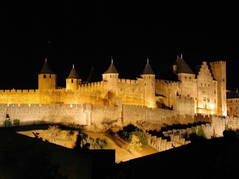 La Cité at night - 2 Bed Apartment, Carcassonne centre, La Cité views! - Carcassonne - rentals
