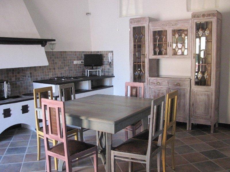Stylish apartment 5 min. to the beach - Image 1 - Levanto - rentals