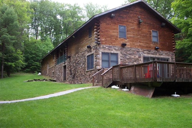 Back Of House - Large Modern Cabin with Hot Tub Tucked in Woods - Bethel - rentals