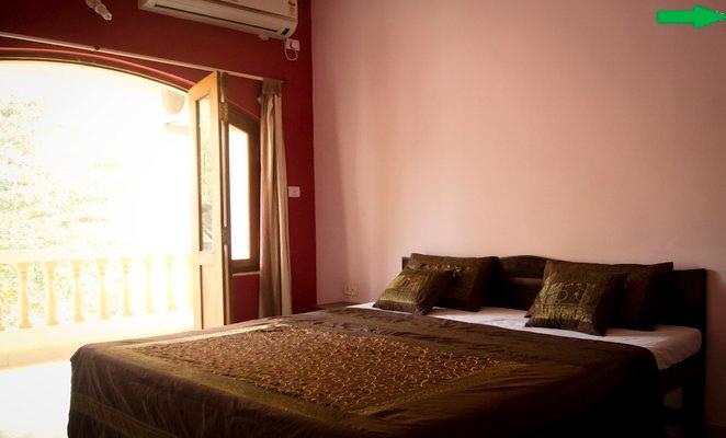 master bed - LUXURIOUS AC 3BHK ROW VILLA IN Nerul -CANDOLIM GOA - Candolim - rentals