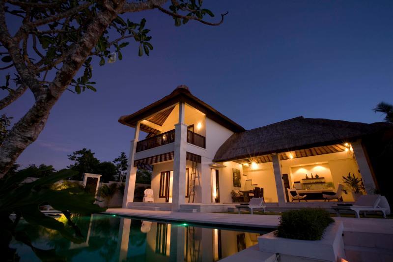 VillaLumi -  Luxury private villa in Pecatu - Image 1 - Pecatu - rentals