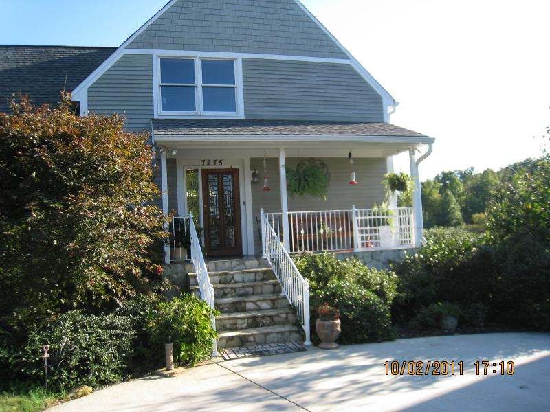 Front of House - Private Country Estate - Asheboro - rentals