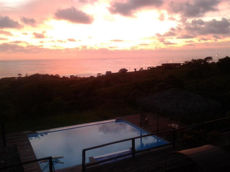 Beautiful Montanita Hilltop Home w/ Pool, Jacuzzi - Image 1 - Montanita - rentals