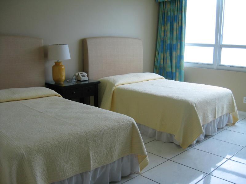 Fantastic Ocean Front Studio Apartment - Image 1 - Miami Beach - rentals