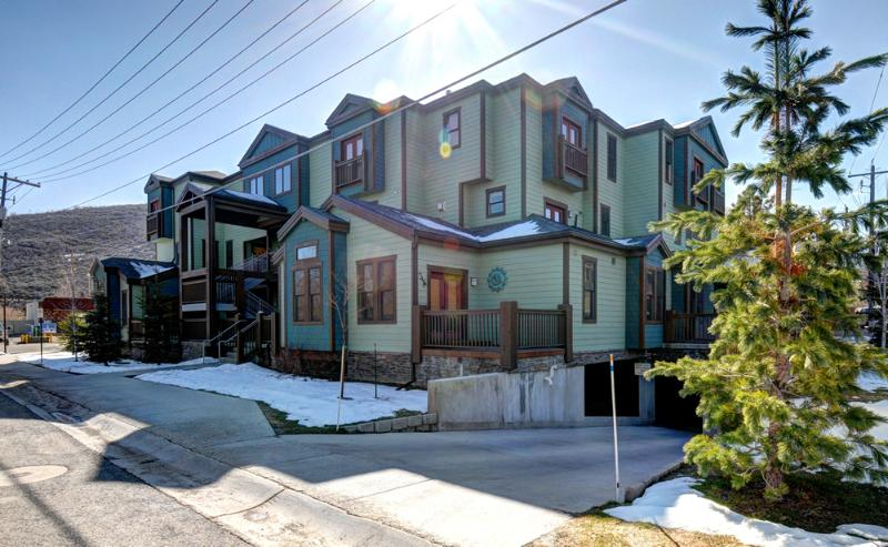 Moose Lodge - Park Ave, Park City, Utah - Old Town-1625 SqFt -Sleeps 10!-Walk to PC Mnt(ML8) - Park City - rentals