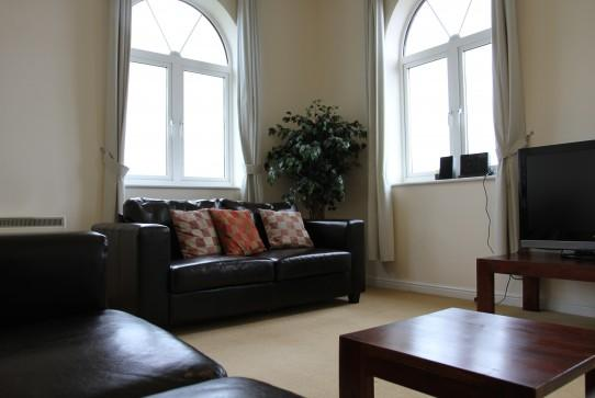 2 Bedroom Fully Serviced Apartment - 2 Bedroom Fully Serviced Apartment - Swindon - rentals