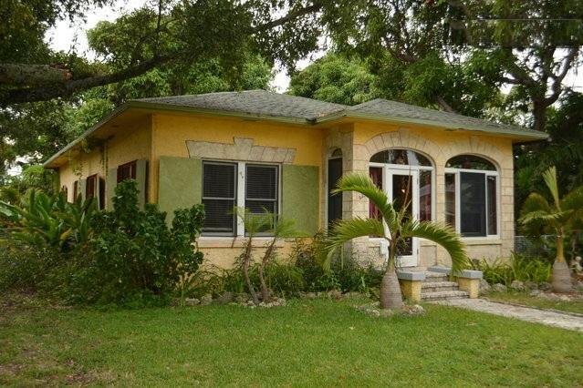 Rustic Mango House & Gardens Near Las Olas (4 BR) - Image 1 - Fort Lauderdale - rentals