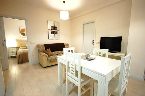 [612] Nice apartment with terrace - Image 1 - Seville - rentals