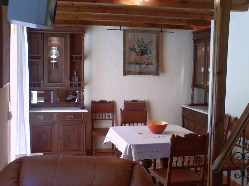 dining table - Parnassos Agoriani Chalet - Eptalofos - rentals
