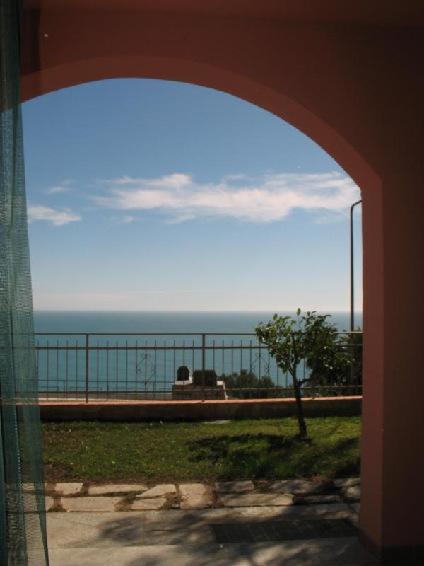 view - your romantic garden in front of the sea - Andora - rentals