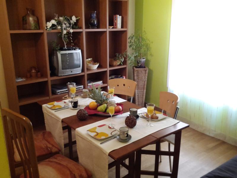 living and dining room - MANUELA BEACH-CITY - Apartment - Lloret de Mar - rentals