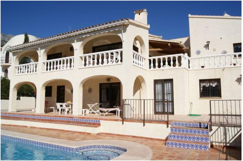 villa 6 pers.pool of 11 m on golf course, sea view - Image 1 - Altea - rentals