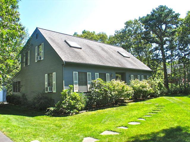 Meadow View Farms 4 Bedroom! (Meadow-View-Farms-4-Bedroom!-OB522) - Image 1 - Martha's Vineyard - rentals