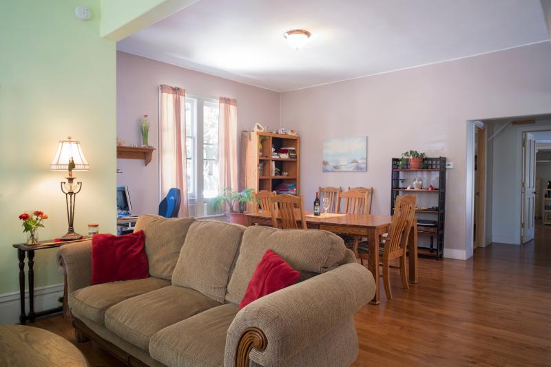 Living room into dining room. - Perfect Studio Suite in Grand Haven - Grand Haven - rentals