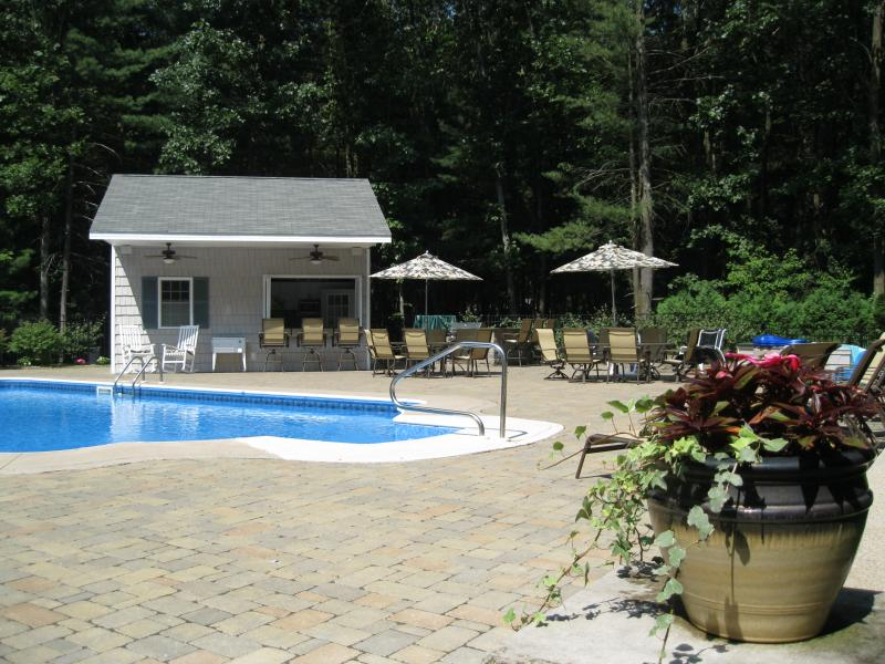 Backyard Oasis, private backyard - Saratoga Springs' Bradford Oasis - Saratoga Springs - rentals