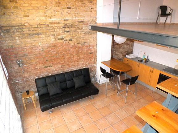 View of living room and kitchen - Nice Dúplex in Barcelona Center for 4 people - Barcelona - rentals