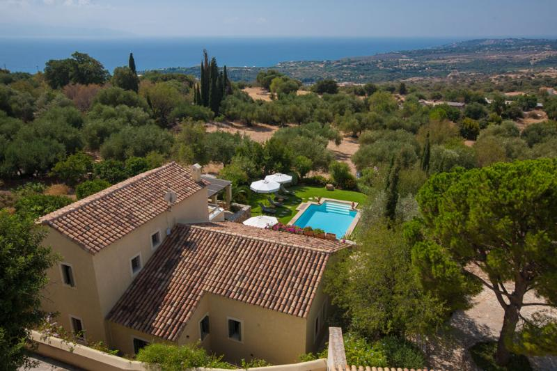 Guest manor & part of the historic Estate all the way to the Sea - Impressive upscale Property, Sea View Select Staff - Cephalonia - rentals