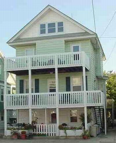 865 Delancey Place, Upper Cottage 26917 - Image 1 - Ocean City - rentals